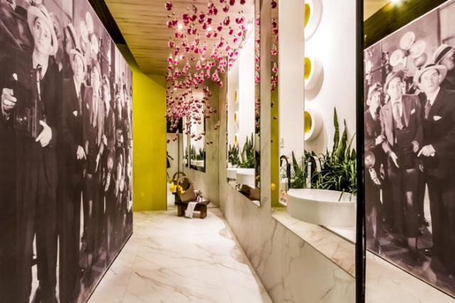 1 Baño Femenino - Arquiteta Eliana Cespedes - Arquiteta Natalia Cronembold - porcelanato efeito marmore eliane Mont Blanc AC 90x90