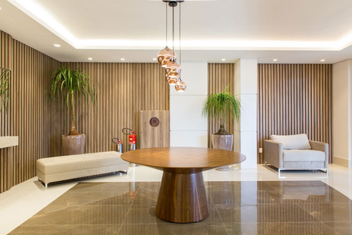 2 revestimentos ross white e pulpis brown eliane hall de entrada projeto sharon fliter arquitetura