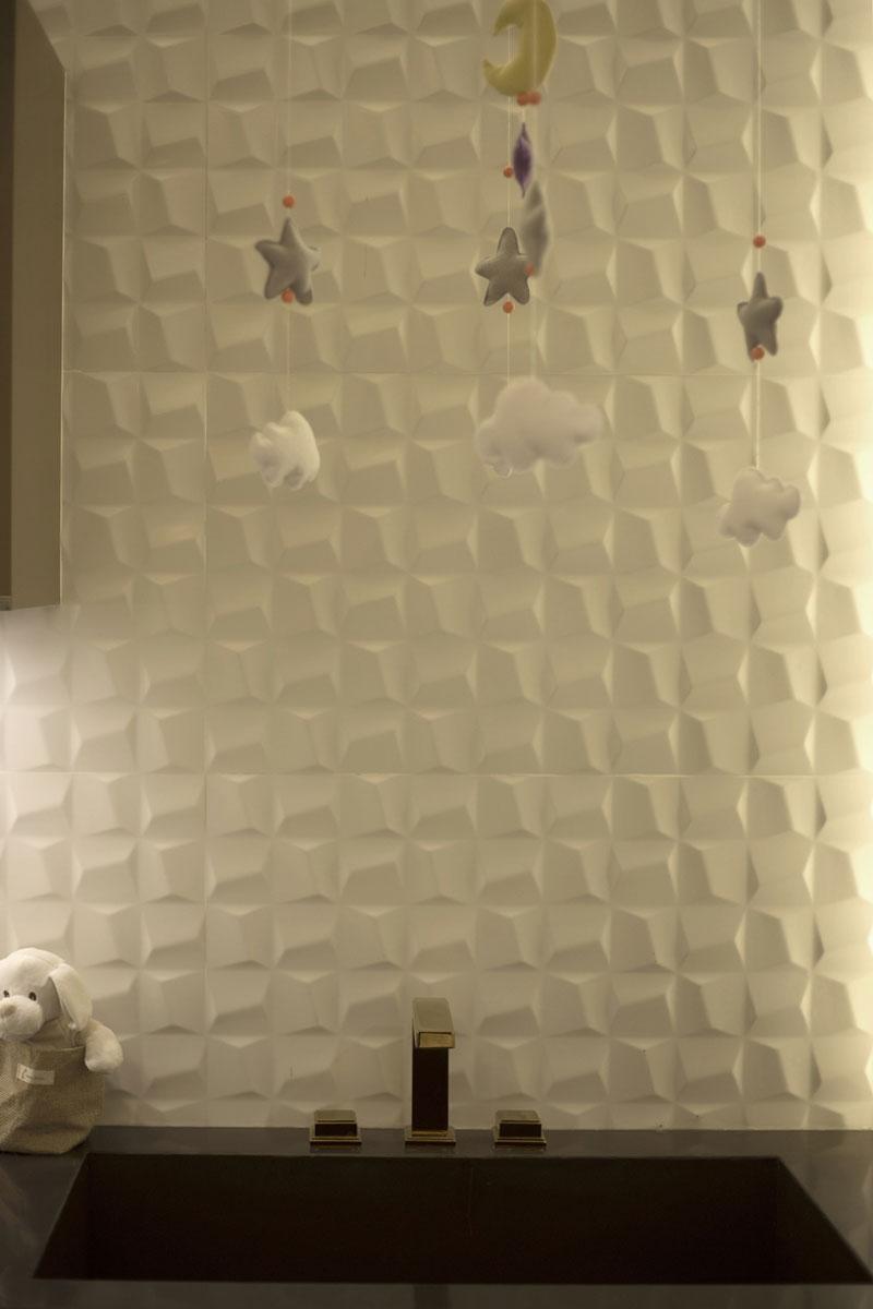 5-banheiro-infantil-eliane-revestimentos-bethania-carpinelli-anlejandra-barrios-natalia-carpinelli-cubic-white-ac-45x90cm