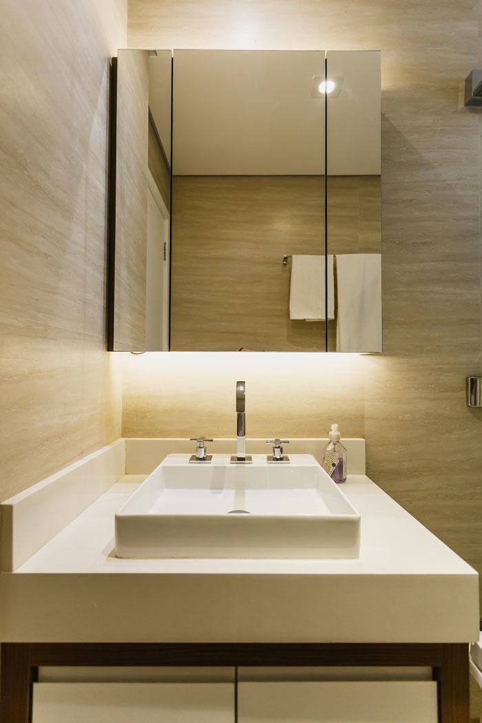 AVF-Arquitetura-e-Julia-Doneux-Travertino-Eliane-Revestimentos-Foto-Renan-Senra