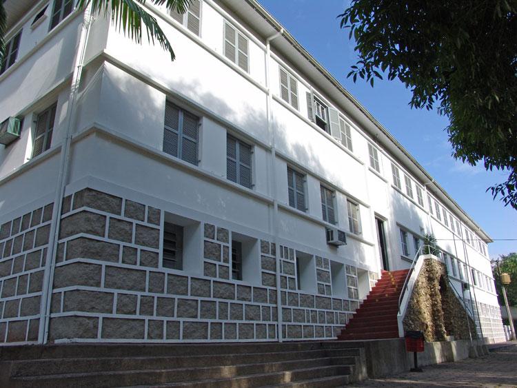 Colégio Maximiliano Gaidzinski Eliane Revestimentos