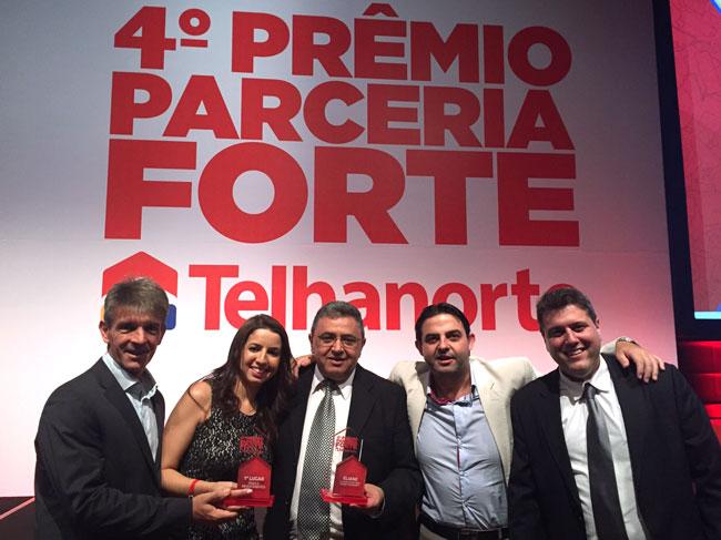 Telhanorte premia Eliane Revestimentos