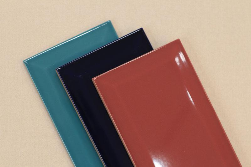 Metrô Rasberry, Deep Blue e Jade Eliane Revestimentos