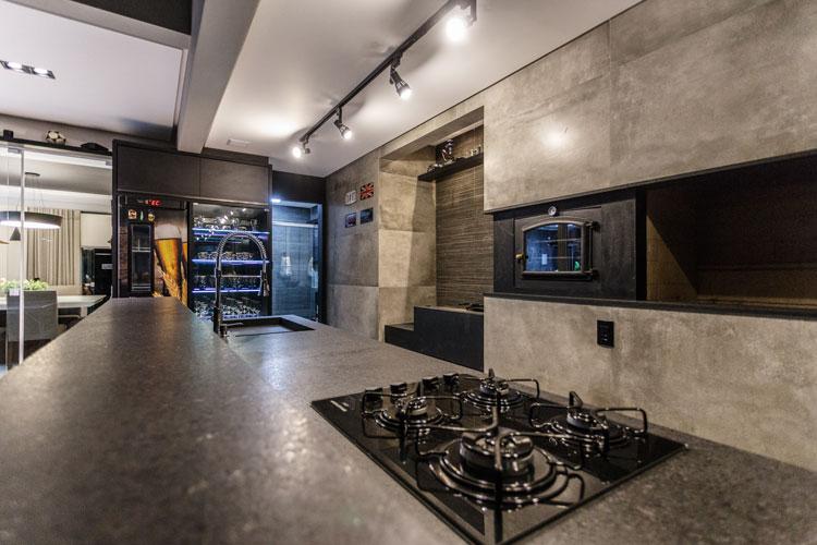 Revestimento cerâmico para churrasqueira e lareira Eliane Porcelanato Flat Projeto Renata Bittencourt Arquitetura