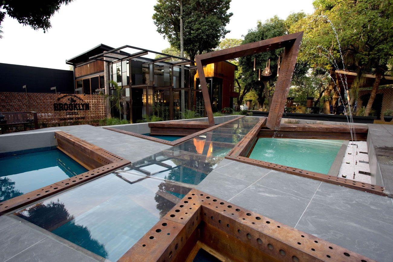 Ambiente Eliane: casa-cor-paraguai-viviana-diez-perez-fanny-bogarin-verde-musgo-onda-br-20x20cm_ardosia-black-ext-60x60cm-02