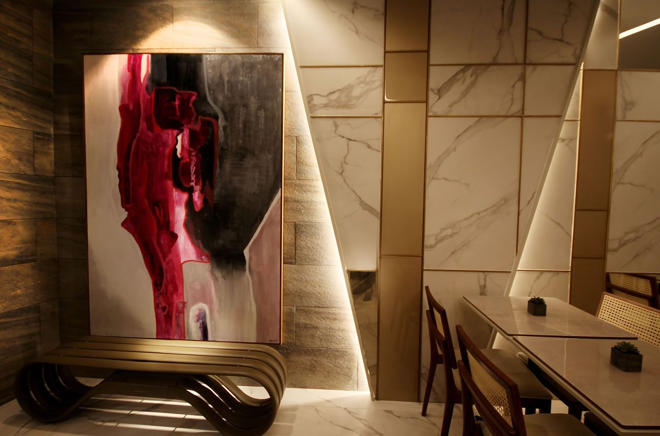 entorno de Eliane: casa color-pe-FM-arquitectura-lugar-ac-59×118,2cm_metal-fit-ouro-1x59cm_garden-pizarra-ext-30×60-foto-michelle-senzere-01