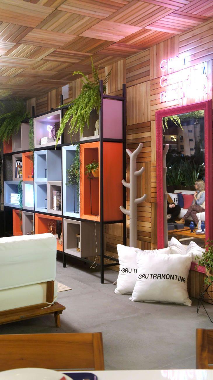 environment Eliane: casa-cor-rs-2017-w4-arquitetura-deck-bru-tramontina-aga-urban-outdoor-90x90cm-01