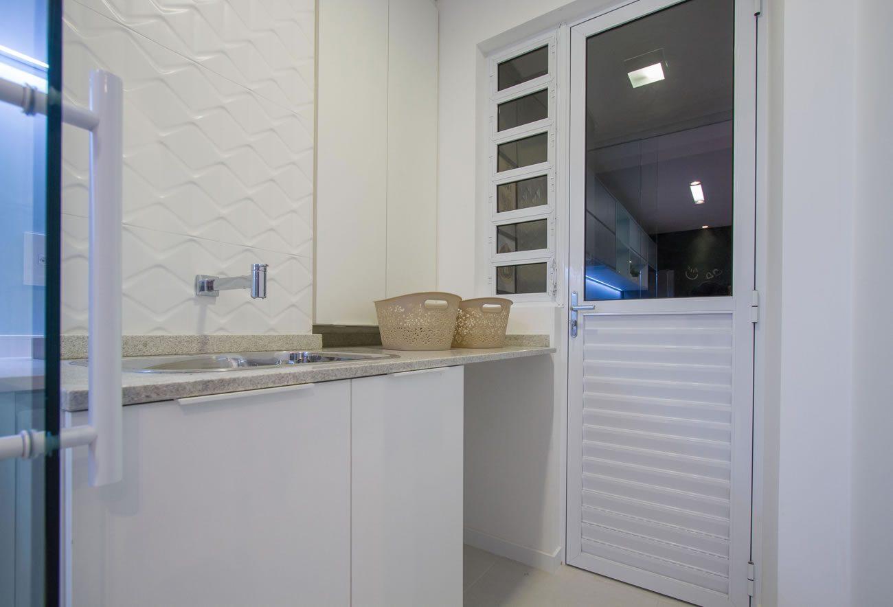 Ambiente Eliane: construtora-richter-estudio-kaza-arquitetas-cristina-reinert-e-monike-lader-foto-pablo-teixeira-cartier-blanc-ac-45x90cm-01