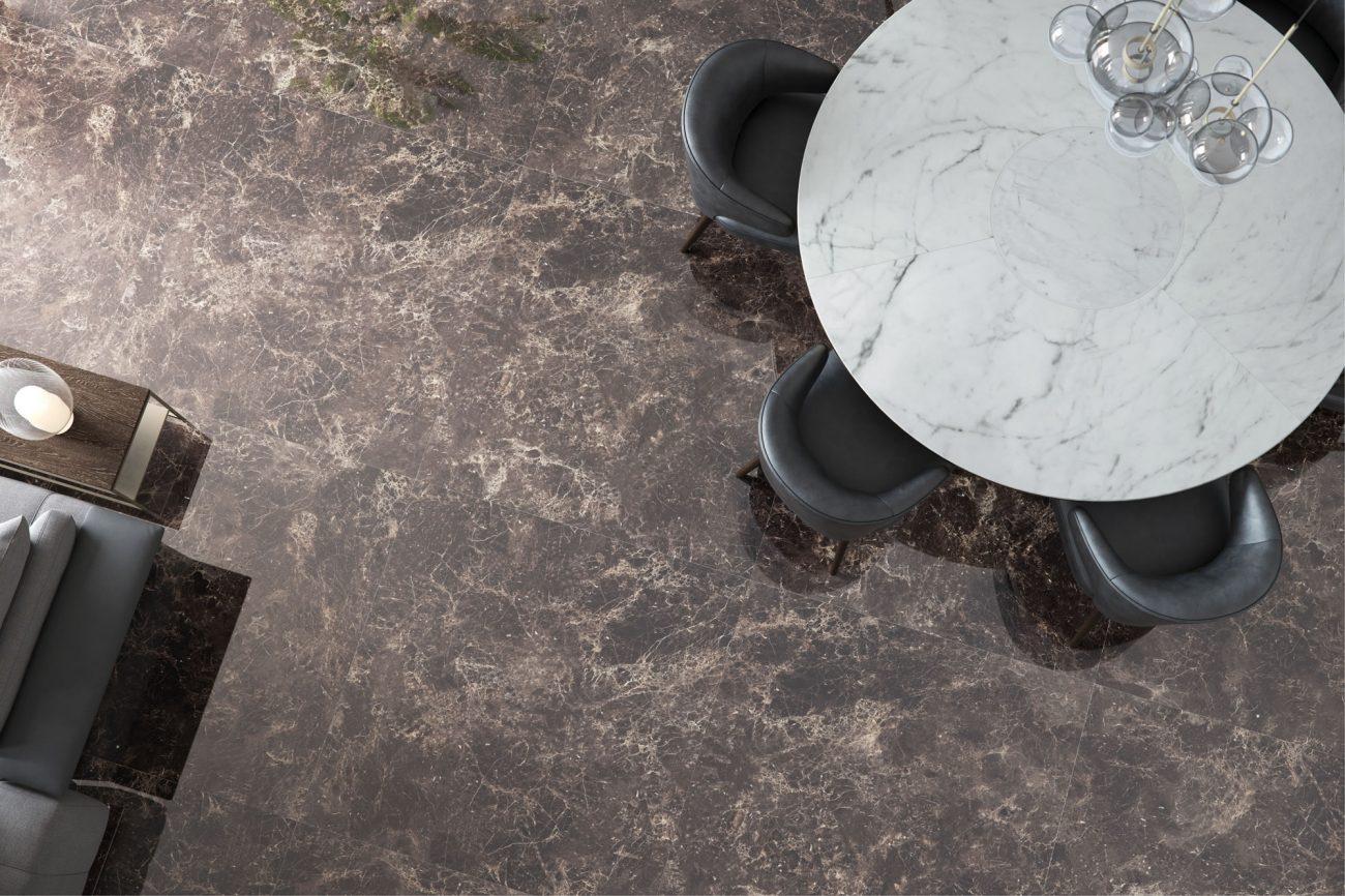 entorno de Eliane: emperador-dark-po-120x120_pigues-ac-90x90cm-amb