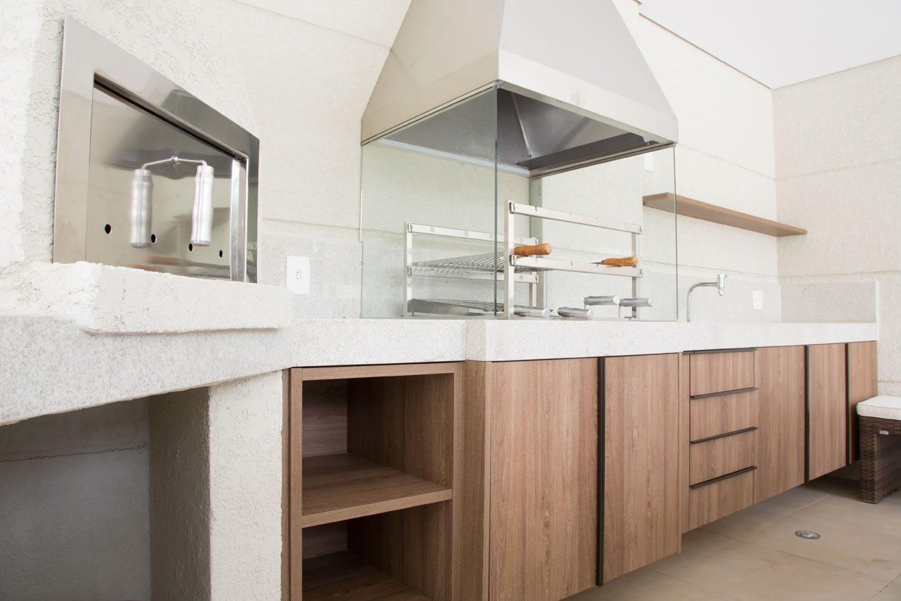 environment Eliane: sharon-fliter-architect-barbecue-munari ivory-ext-60x60cm-amb-02