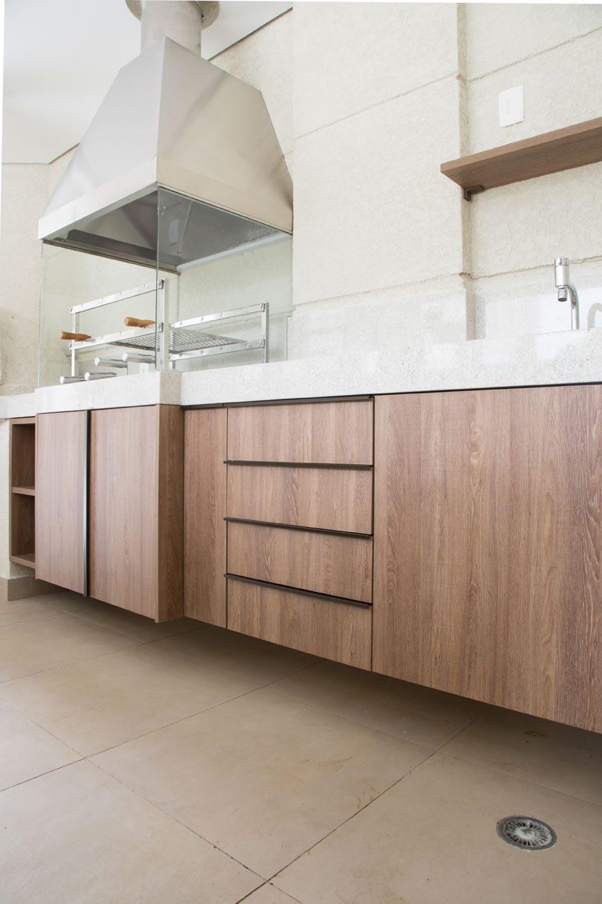environment Eliane: sharon-fliter-architect-barbecue-munari ivory-ext-60x60cm-amb-05