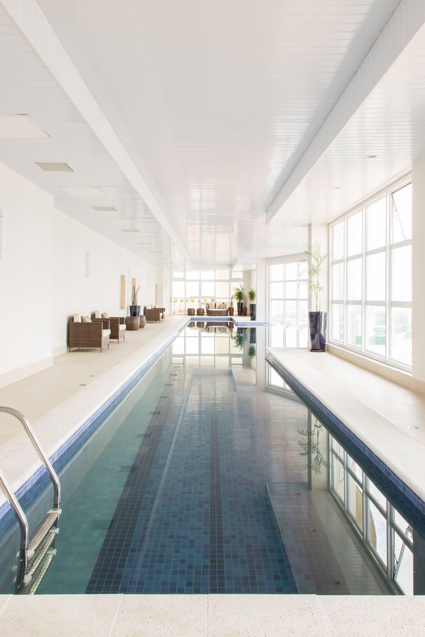 environment Eliane: sharon-fliter-arq-piscina-munari-marfim-ext-60x60cm-amb-02