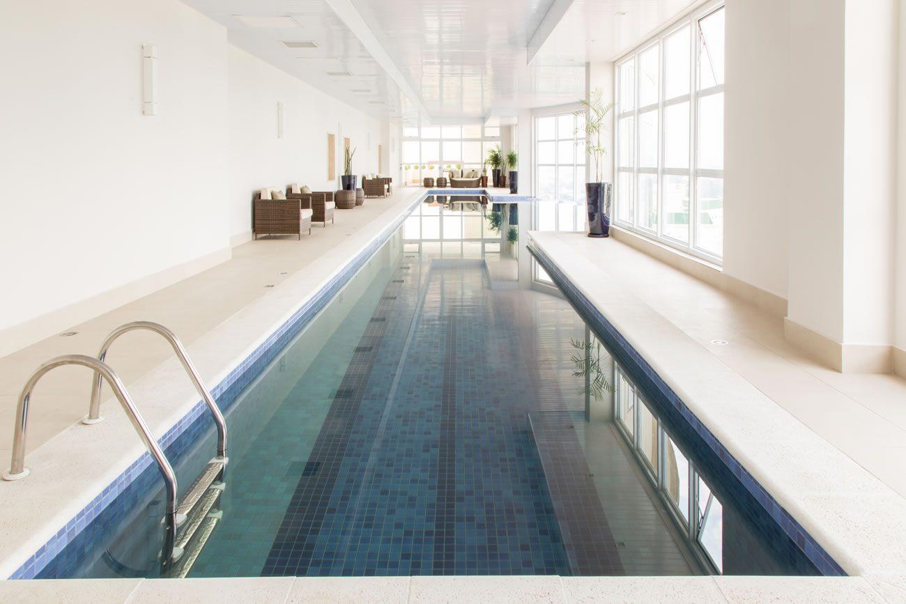 entorno de Eliane: sharon-fliter-arq-piscina-munari-marfim-ext-60x60cm-amb-03