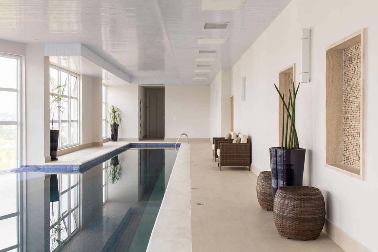 environment Eliane: sharon-fliter-arq-piscina-munari-marfim-ext-60x60cm-amb-16