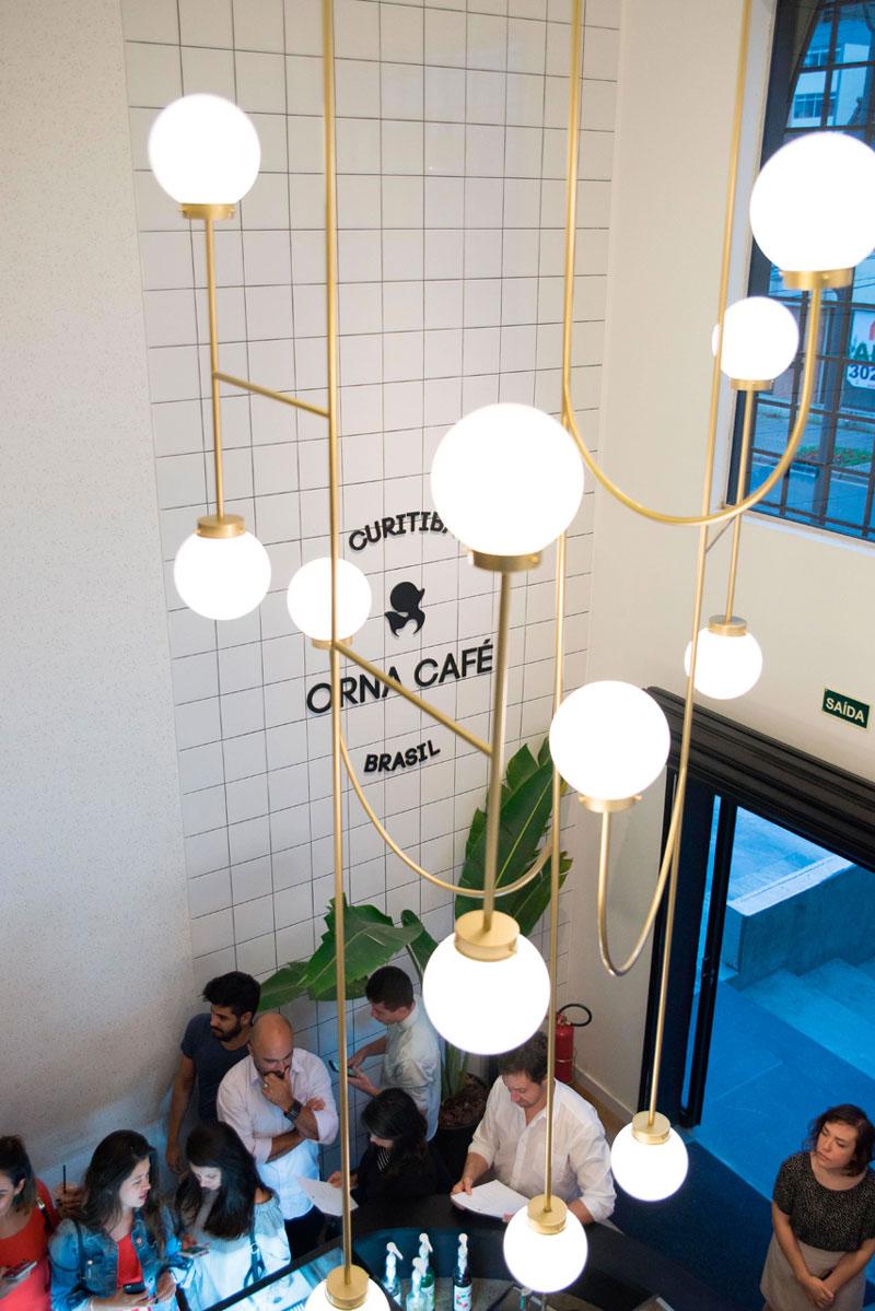 cafeteria em cutiriba com revestimentos eliane