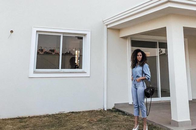 Tem Eliane na nova casa da Rayza Nicácio!