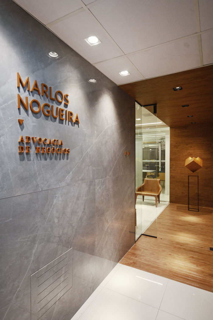 modern law firm - marlos nogueira - signed by sá + spessatto Arquitetura - photo marcus camargo