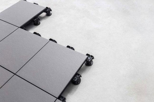 Conheça o sistema inteligente de piso elevado