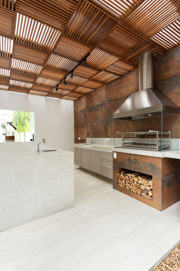 revestimento-aço-corten-eliane-alavaski-arquitetura-iron-ext-60x120cm-foto-gustavo-awad